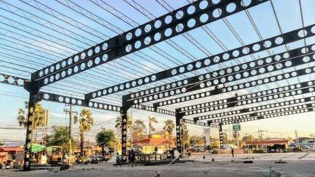 โครงสร้างเหล็กเซลลูล่าร์ บีม ( Cellular Beam ) โครงการอาคาตลาดสุขสันต์ อ.รัษฎา จ.ตรัง