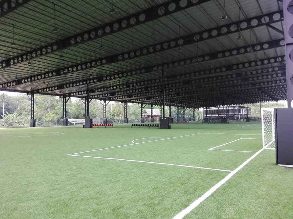 เซลลูล่าร์ บีม รับทำโครงสร้างเหล็ก สนามฟุตบอล